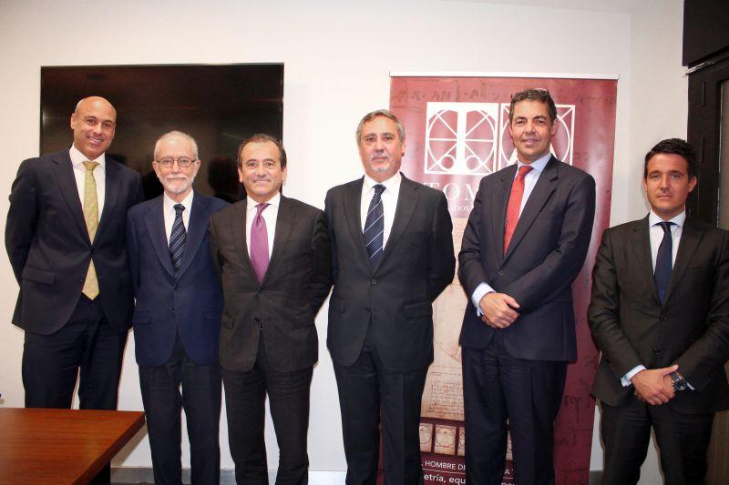 Tomarial integra al despacho García Carrión y continúa su plan de crecimiento