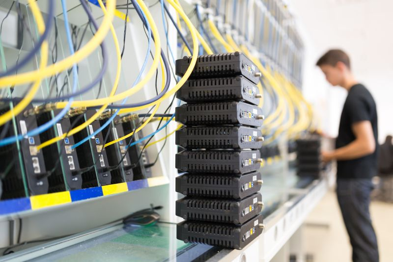 Tomarial adquiere nueva tecnología informática para garantizar el mejor servicio en teletrabajo